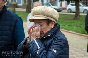 В Феодосии почтили память жертв трагедии в Кемерове #7643