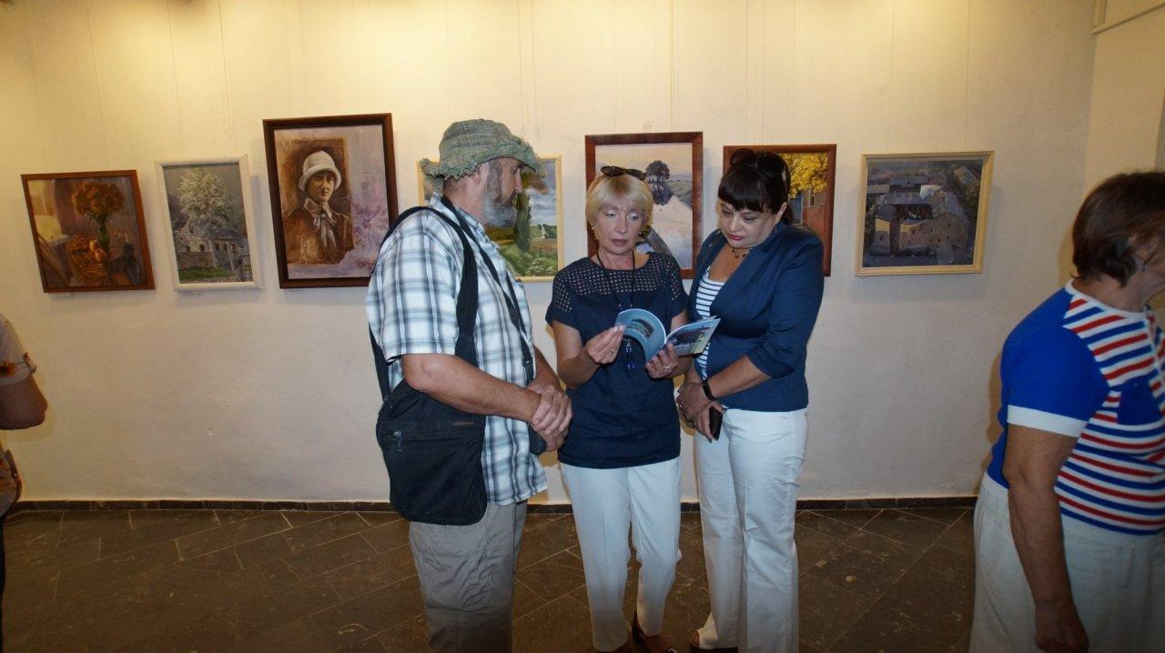 Фото открытия выставки Юшиной в музее ГРИНА #3398