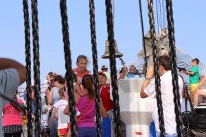 Фото парусного судна «Херсонес» в Феодосии #1187