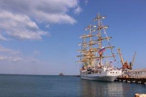 Фото парусного судна «Херсонес» в Феодосии #1193