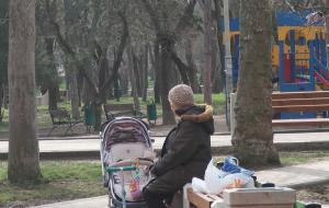 Комсомольский парк Феодосии: работы идут, горожане – прогуливаются #15438