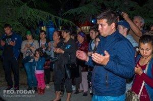 Акция «Зажги огонь в своем сердце» в Феодосии #10913