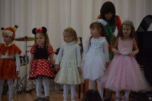 Фото новогоднего концерта в музыкальной школе №1 Феодосии #6357