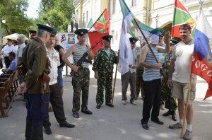Фото праздника в честь зеленой фуражки в Феодосии #122