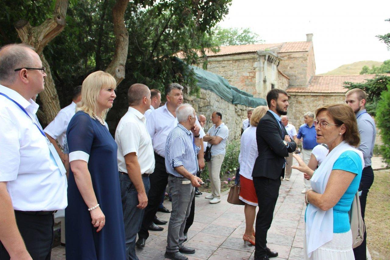 Фото почетных гостей на День города и юбилей Айвазовского в Феодосии #1103