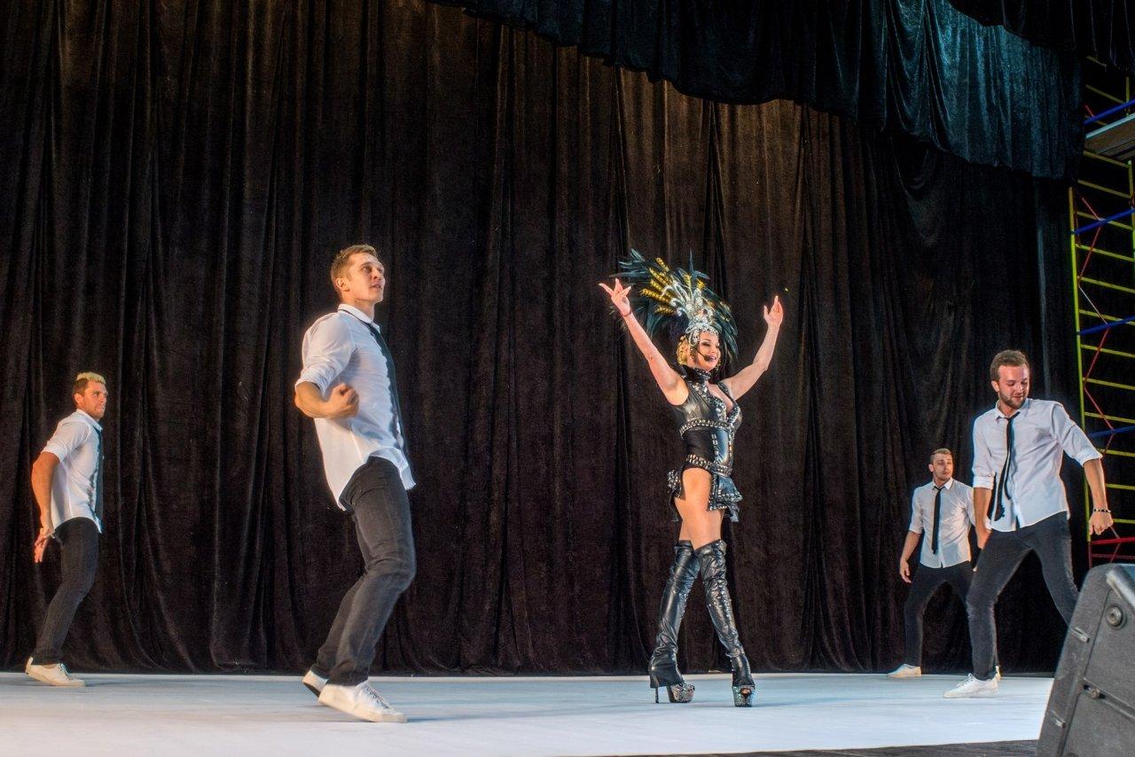 Фото концерта Анастасии Волочковой в Феодосии #587