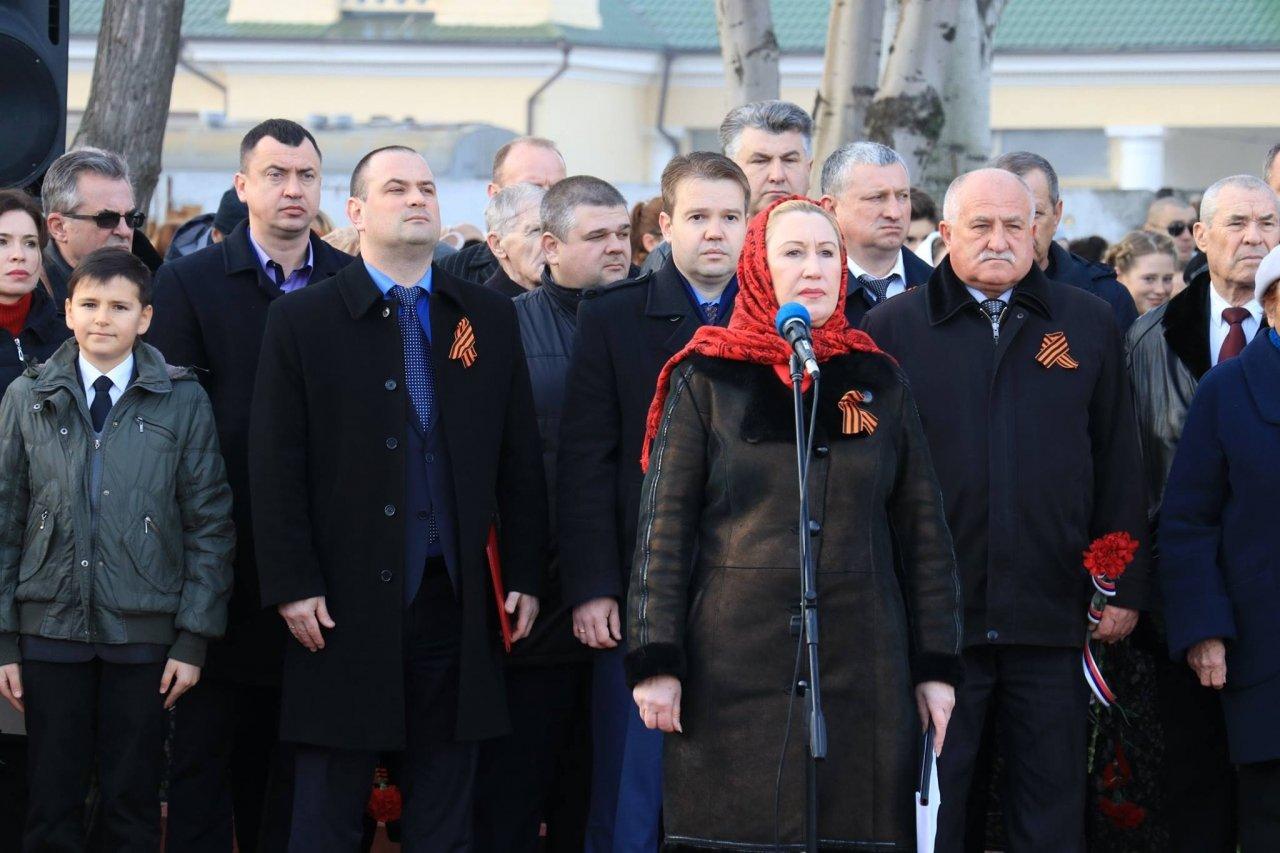 Фото митинга в память о Керченско-Феодосийском десанте #6492