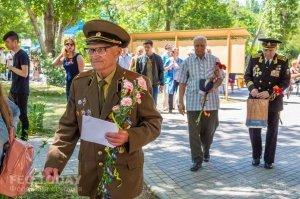 Феодосийский политех поздравил ветеранов с Победой #9714