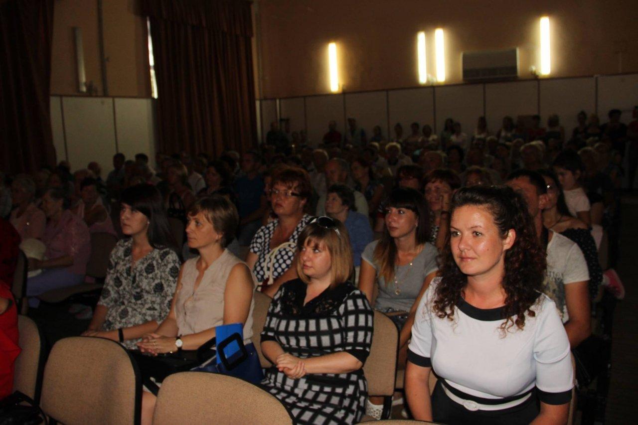 Фото торжественного мероприятия ко Дню герба и флага Республики Крым #4293