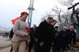 Фото митинга в память о Керченско-Феодосийском десанте #6490