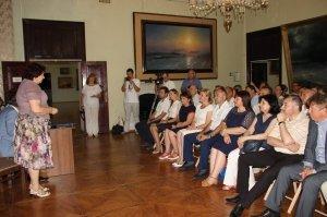 Фото презентации альбома о жизни Айвазовского #1090