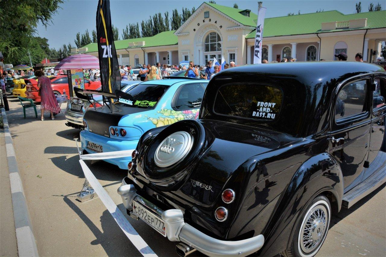 Фото чемпионата Крыма по тюнингу и автозвуку в Феодосии #681