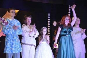Фото юбилейного представления Феодосийского театра драмы и музкомедии #5787