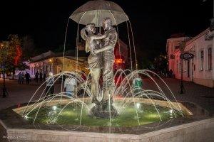 Фото фонтана влюбленных в Феодосии #2349