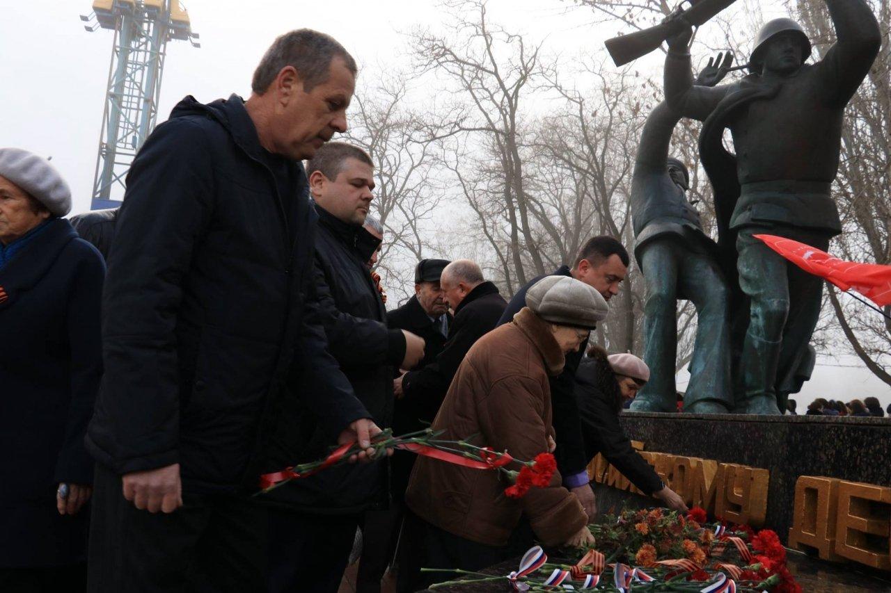 Фото митинга в память о Керченско-Феодосийском десанте #6491