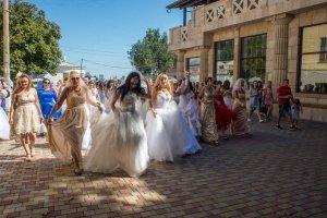Фото фестиваля невест 2017 в Феодосии #4447