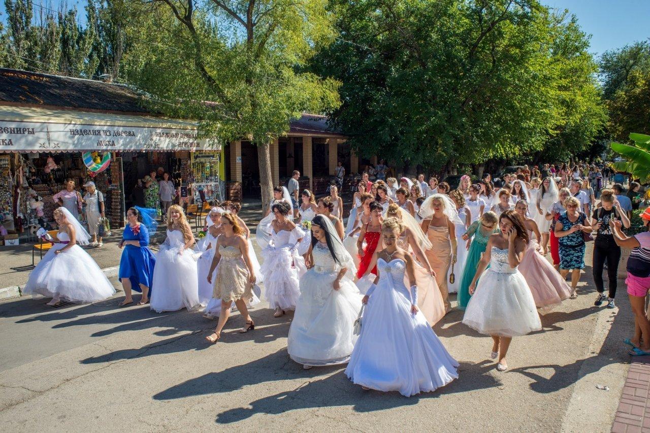 Фото фестиваля невест 2017 в Феодосии #4376