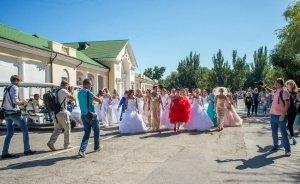 Фото фестиваля невест 2017 в Феодосии #4437