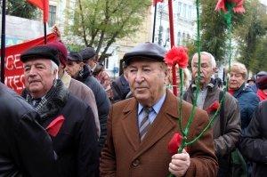 Фото митинга и демонстрации в честь 100-летия Великого Октября в Феодосии #5667