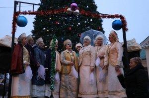 Фото торжественного открытия новогодней ёлки в Феодосии #6296