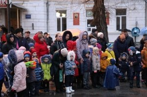Фото торжественного открытия новогодней ёлки в Феодосии #6295